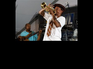 Kermit Ruffins and the Barbecue Swingers by Ryan Hodgson-Rigsbeem (rhrphoto.com